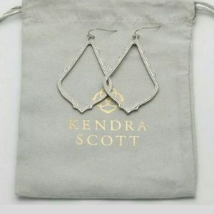 NWT Kendra Scott SOPHEE Earrings Silver